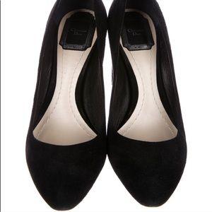 Dior black pumps